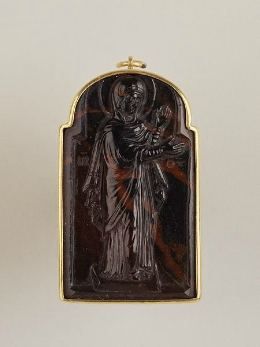 Bloodstone Blessed Mary