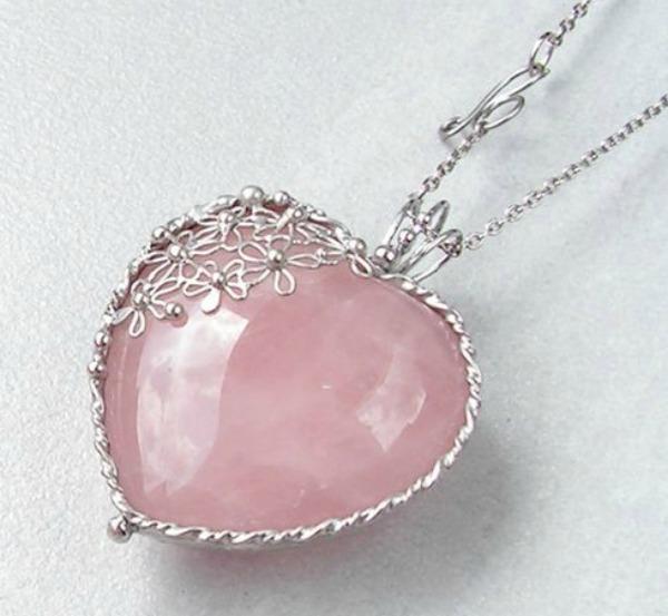 c6ffe50ed2be00 Rose - Quartz: January Birthstone Jewelry - Birth Stone Magic